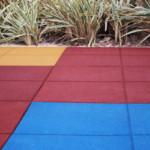 Piso emborrachado para playground: 6 critérios para escolher o melhor!