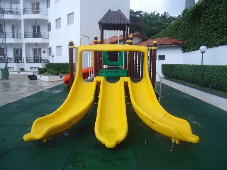piso para playground externo